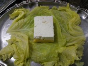 Fagottini di verza ripieni di polenta e feta greca