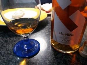 Baccalà in pastella allo zafferano su fonduta al cognac