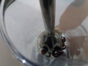 Tartara di baccala con panna acida alle olive nere su biscotto di pasta frolla al rosmarino