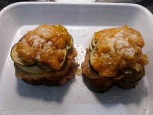 Parmigiana di melanzane ed alici con pomodoro giallo e tarallo sbriciolato