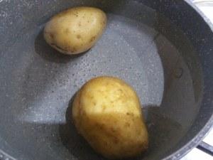 Polpo all insalata con lime su base di patate e ricotta di bufala