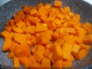 Pancetta cotta a bassa temperatura su polenta di farina di mais macinata a pietra e tzatziki alla zucca