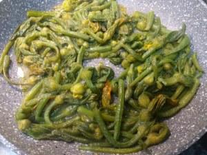 Spaghetti con ciurilli cozze e pomodorino giallo
