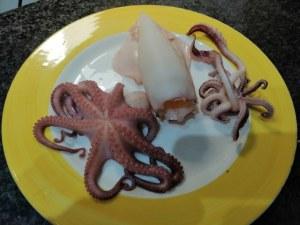 Riso rosso all'insalata di mare